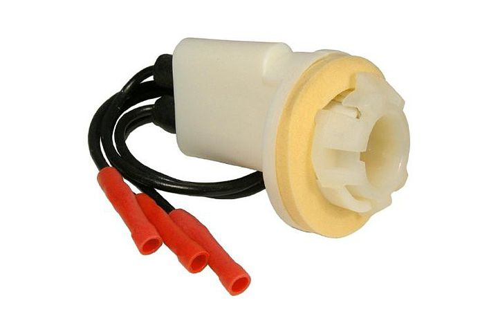 3-Wire Ford & GM Double Contact Park, Stop, Tail & Turn Light Socket w/ Butt Terminated Wires.